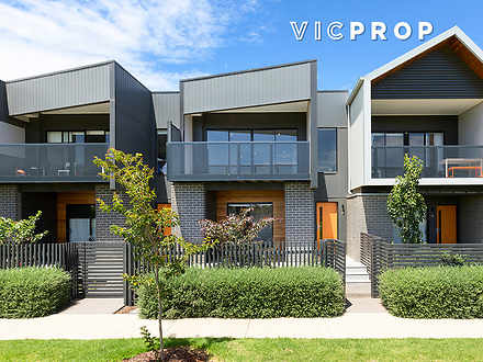 34 Flagship Way, Point Cook 3030, VIC Townhouse Photo