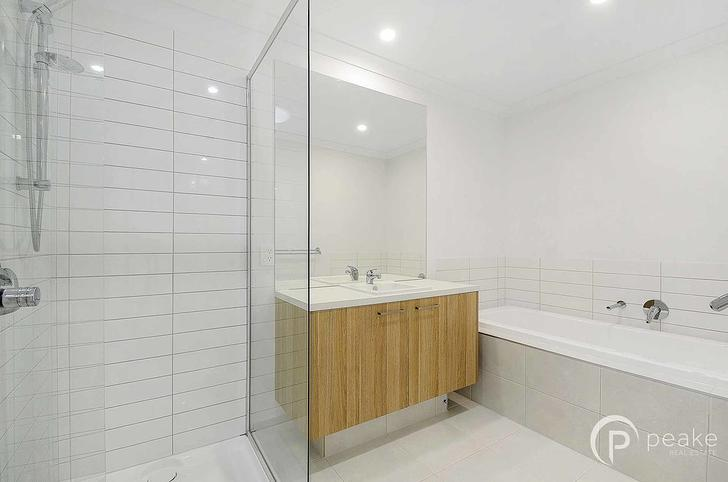 24 Gulliver Drive, Officer 3809, VIC Townhouse Photo