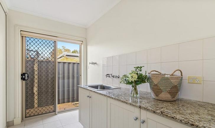 4 Lucon Glen, Point Cook 3030, VIC House Photo