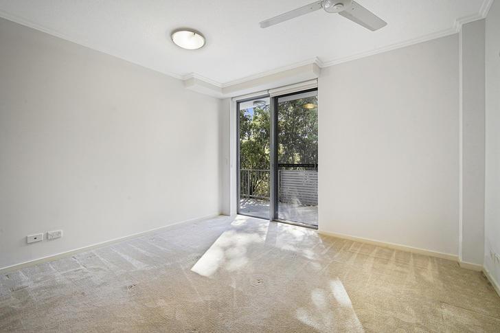 "2 ""ACACIA""/154 Musgrave Avenue, Southport 4215, QLD Unit Photo"