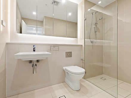 E0d7fba271bd4ee171c438b1 mydimport 1630401569 hires.17983 e5505 16constitution bathroom web 1631547726 thumbnail