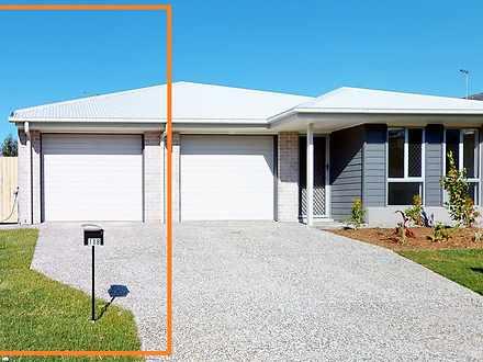 2/10 Farmer Place, Park Ridge 4125, QLD Duplex_semi Photo