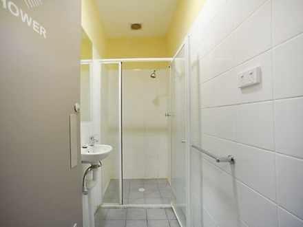 Shower 1 1631597000 thumbnail