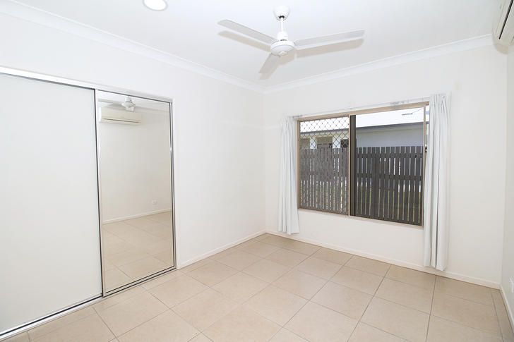 6 Ningaloo Crescent, Burdell 4818, QLD House Photo