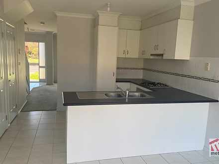 4/60 Warringa Crescent, Hoppers Crossing 3029, VIC Townhouse Photo