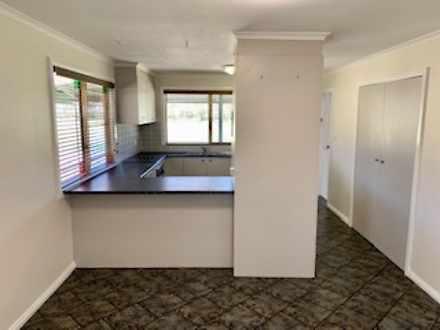 12 Hibernia Street, Stockinbingal 2725, NSW House Photo