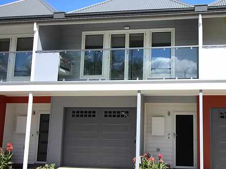 29 Elmwood Circuit, Wodonga 3690, VIC Townhouse Photo
