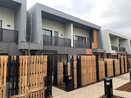4 Lyra Walk, Point Cook 3030, VIC Townhouse Photo