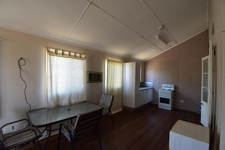 3/142 Wren Street, Longreach 4730, QLD Unit Photo