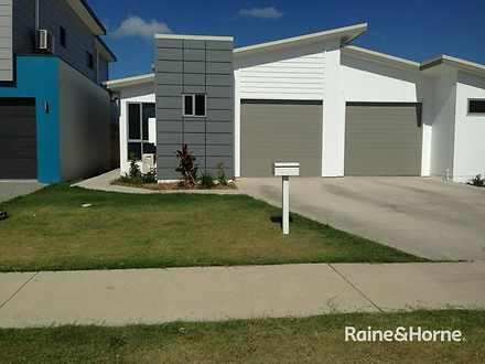 1/14 Maranark Avenue, Mount Pleasant 4740, QLD Duplex_semi Photo
