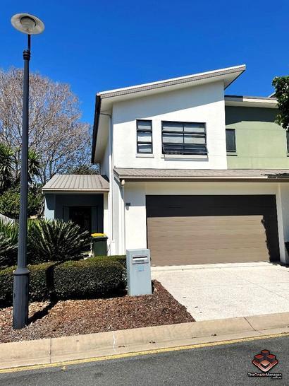 16 Surbiton Court, Carindale 4152, QLD Townhouse Photo