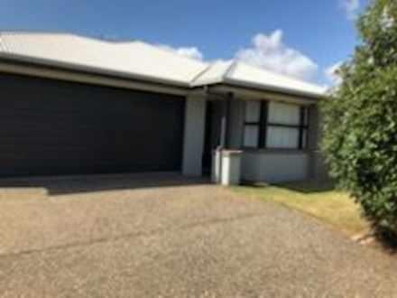 67 Bankswood Drive, Redland Bay 4165, QLD House Photo