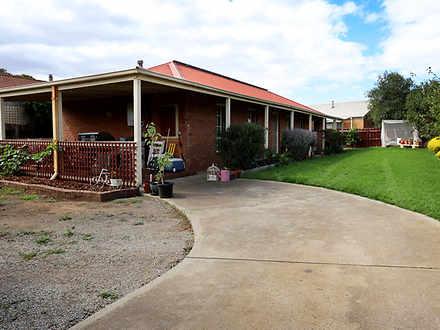 2 Pleone Court, Werribee 3030, VIC House Photo