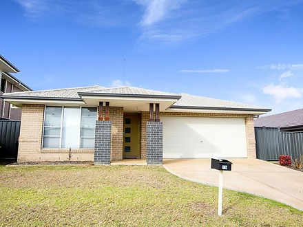 16 Foothills Terrace, Glenmore Park 2745, NSW House Photo