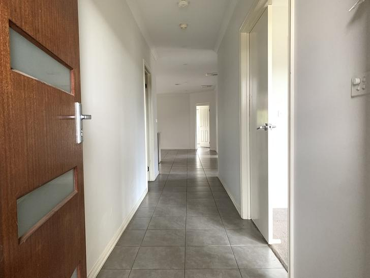 8 Montezuma Avenue, Truganina 3029, VIC House Photo