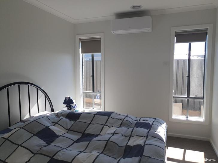 24 Cockatoo Road, Greenvale 3059, VIC House Photo