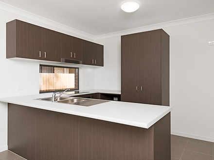 1/26 Creek Place, Park Ridge 4125, QLD Duplex_semi Photo