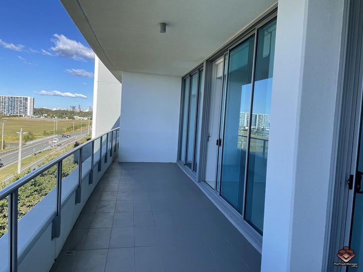 ID:21081739/25-31 East Quay Drive, Biggera Waters 4216, QLD Apartment Photo