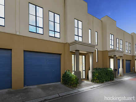 10/62 Andrew Street, Melton South 3338, VIC Townhouse Photo