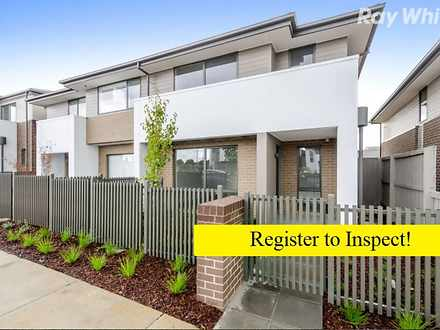170 Harcrest Boulevard, Wantirna South 3152, VIC Townhouse Photo