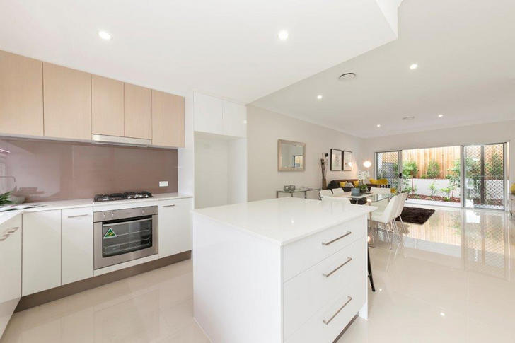 2/27 Jerrold Street, Sherwood 4075, QLD Townhouse Photo
