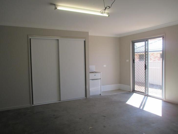 31 Carnegie Place, Tamworth 2340, NSW House Photo