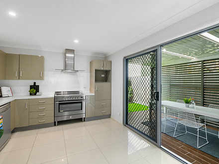 18A Alexandra Street, Balmoral 4171, QLD Townhouse Photo