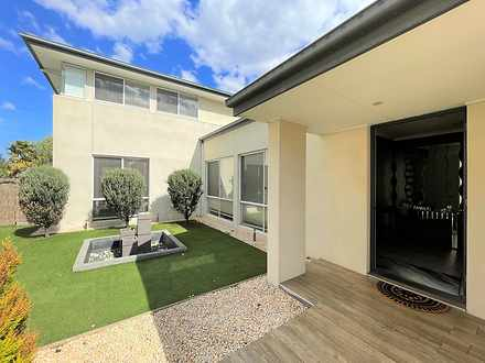 6 Signature Boulevard, Point Cook 3030, VIC House Photo