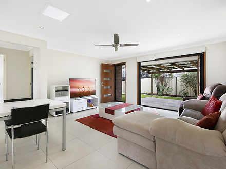 2/11 Gardiners Place, Southport 4215, QLD Duplex_semi Photo