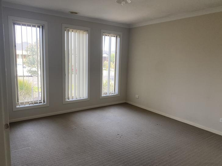 37 Brockwell Crescent, Manor Lakes 3024, VIC House Photo