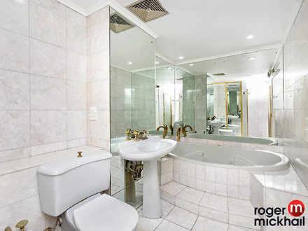 71f0bc79d981fe1cf9bcd449 8 bathroom 1632956631 thumbnail