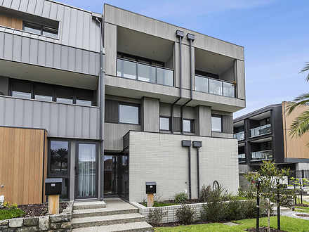 28 Bowlers Avenue, Geelong West 3218, VIC Townhouse Photo