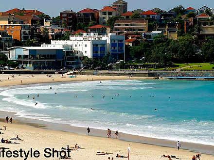 Lifestyle shot beach 1633246598 thumbnail