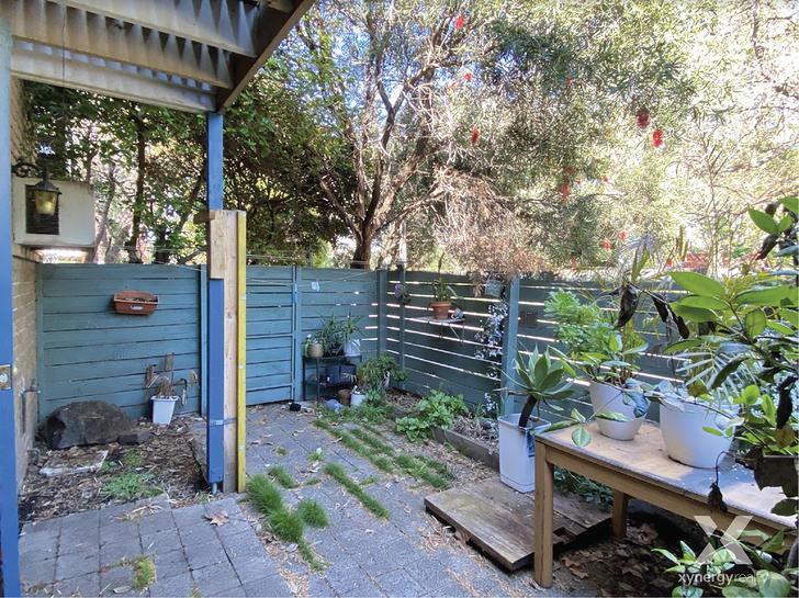 J2/116 O'shanassy Street, North Melbourne 3051, VIC Townhouse Photo