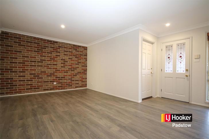 1/674A Henry Lawson Drive, East Hills 2213, NSW Duplex_semi Photo