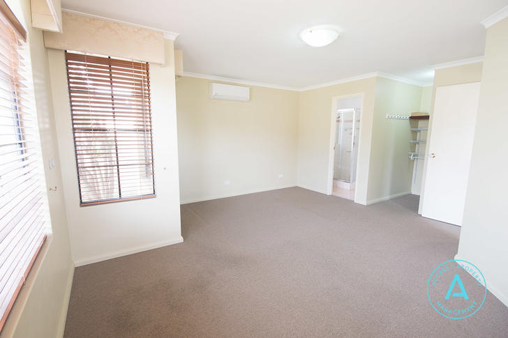 33 Cheval Place, Canning Vale 6155, WA House Photo