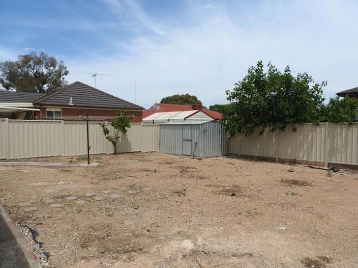 15 Correa Close, Delahey 3037, VIC House Photo