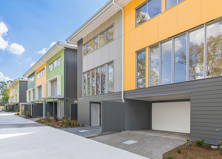 33L Kersley Road, Kenmore 4069, QLD Townhouse Photo