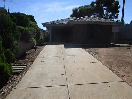 13 Mintbush Place, Craigmore 5114, SA House Photo