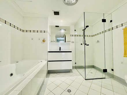 66fd931c1b0225fad94b2e46 bathroom 20211007 1898083380 1633570885 thumbnail