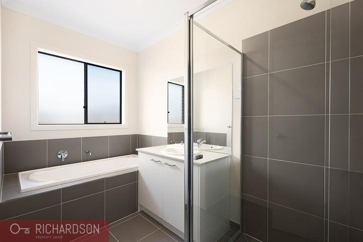 30 Stanmore Crescent, Wyndham Vale 3024, VIC House Photo