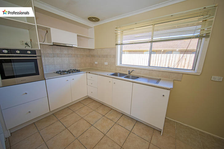1 Fernberg Place, Melton West 3337, VIC House Photo