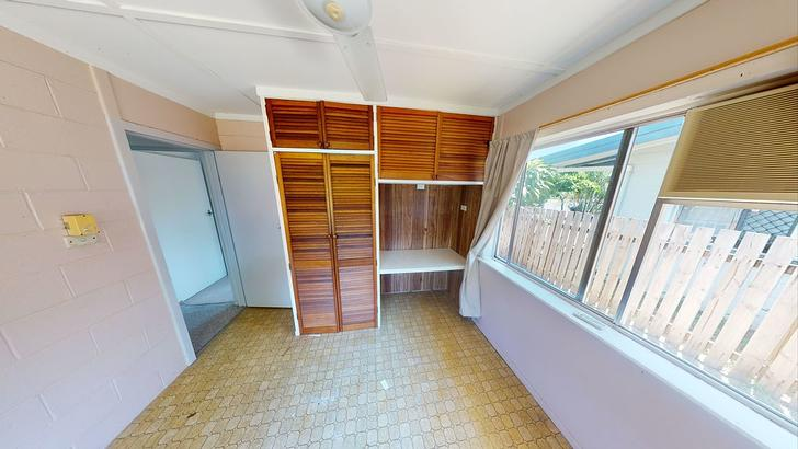 36 Maple Street, Holloways Beach 4878, QLD House Photo