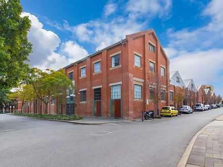 10 Saunders Street, East Perth 6004, WA House Photo