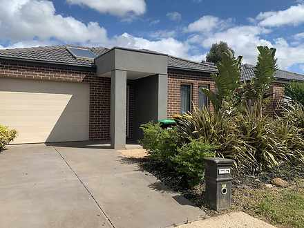 3 Fescue Place, Brookfield 3338, VIC House Photo