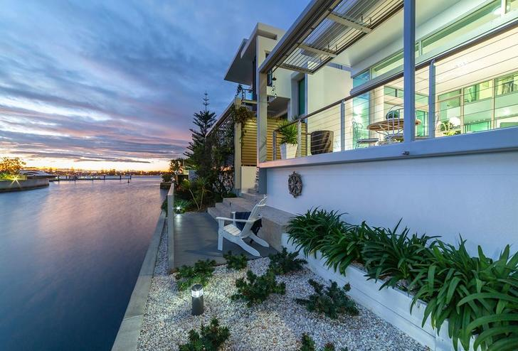Ephraim Island 4216, QLD Townhouse Photo