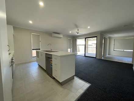 27 Searle Street, Thabeban 4670, QLD House Photo