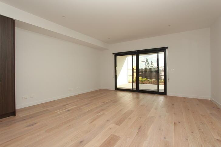 29 Ondine Lane, Newport 4020, QLD Townhouse Photo
