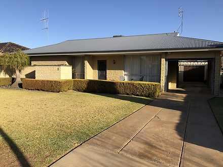 11 Downes Crescent, Parkes 2870, NSW House Photo