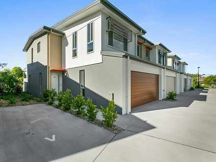 2737 Witheren Circuit, Pacific Pines 4211, QLD Townhouse Photo